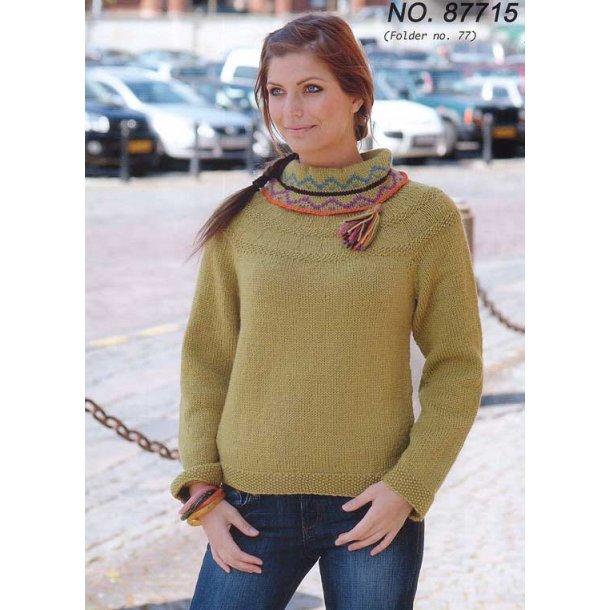 Strikkeopskrift - Sweater med mønsterstrikket krav
