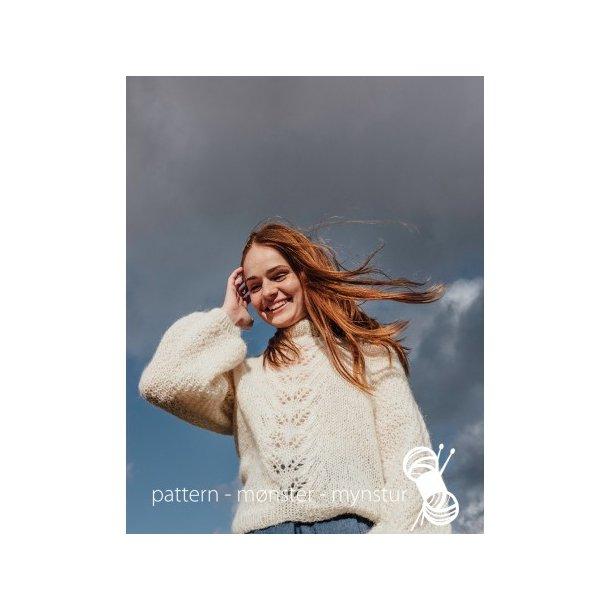 Strikkekit - Hvid sweater med perlestrik og hulmønster - Navia - Str. S-M